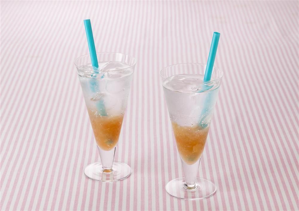 写真:白桃&グァバのソーダ