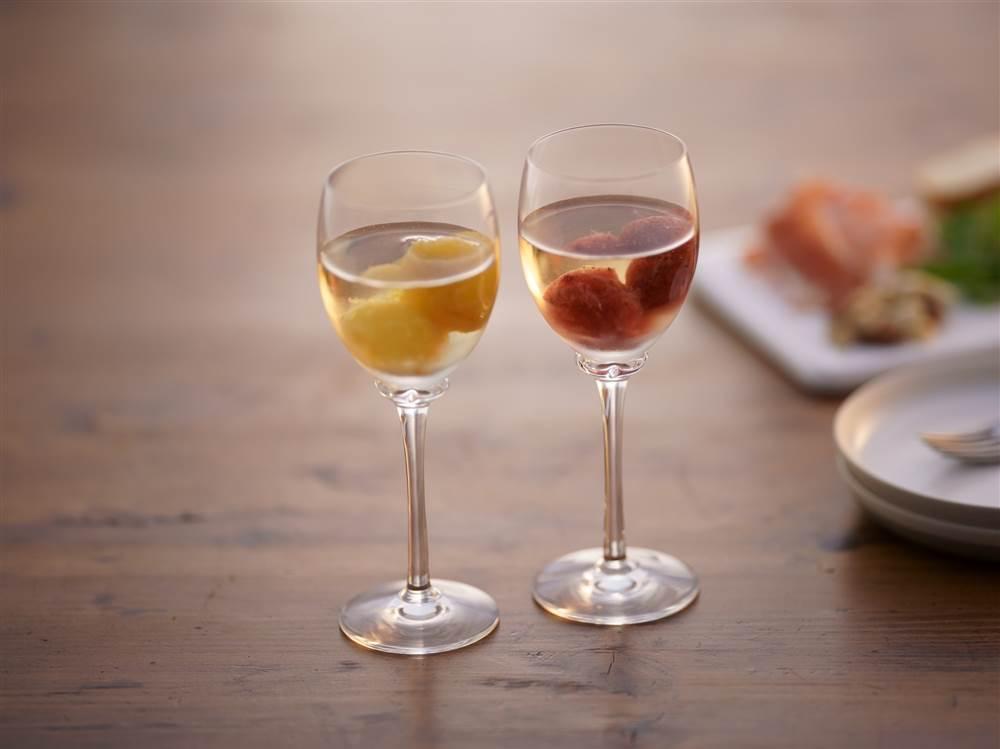 写真:いちごとオレンジのフルーティ―アイスワイン
