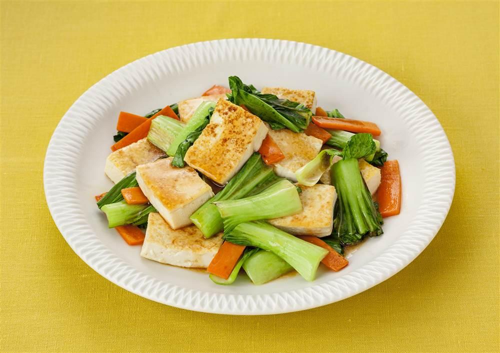 写真:豆腐とチンゲン菜の中華炒め
