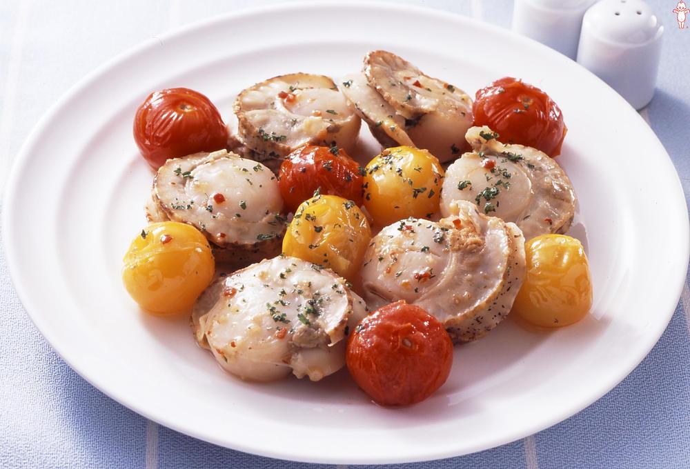 写真:ほたてとトマトのガーリック炒め