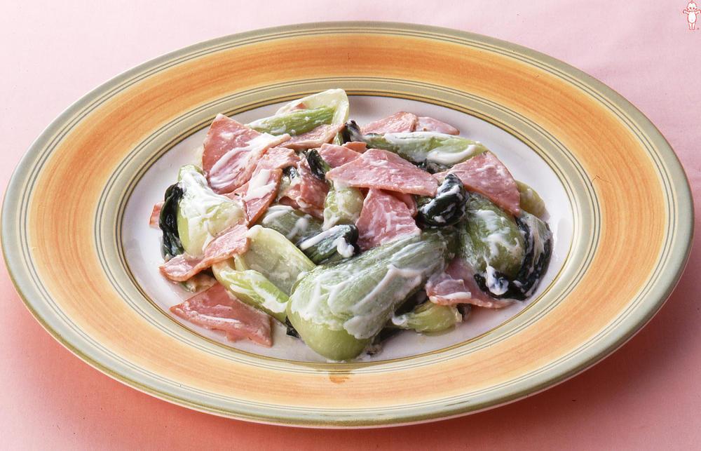 写真:チンゲン菜とハムのマヨネーズ炒め