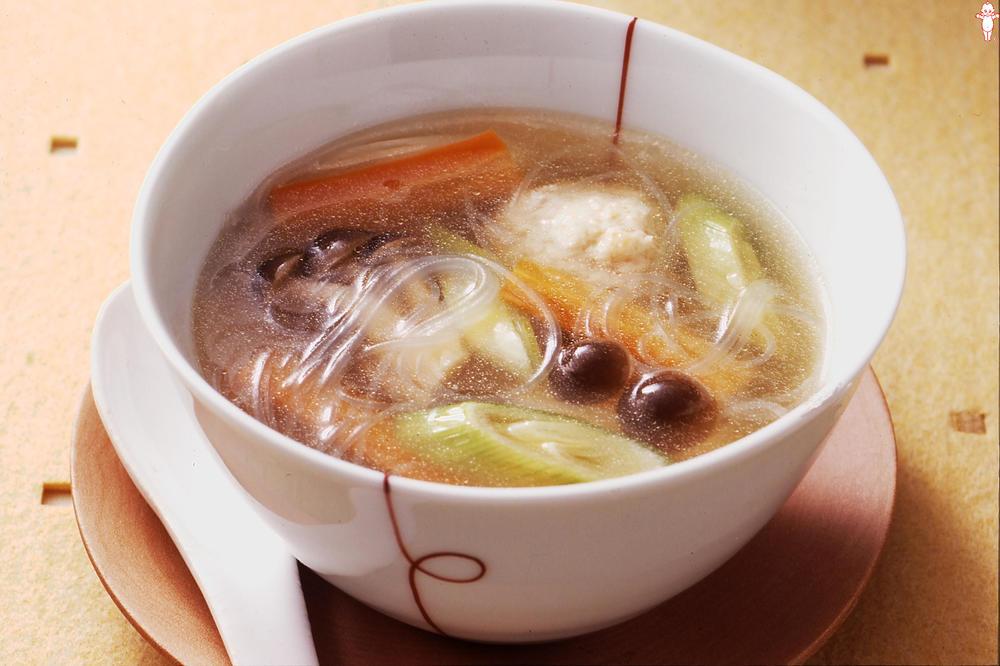 写真:肉だんご入り和風春雨スープ