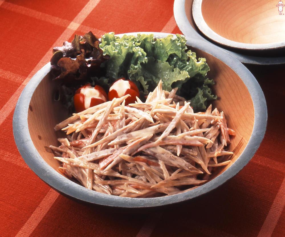 写真:ごぼうとにんじんのきんぴら風サラダ