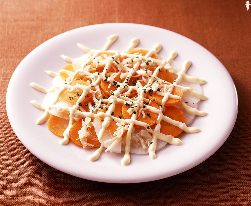 写真:大根スライスの線描きサラダ