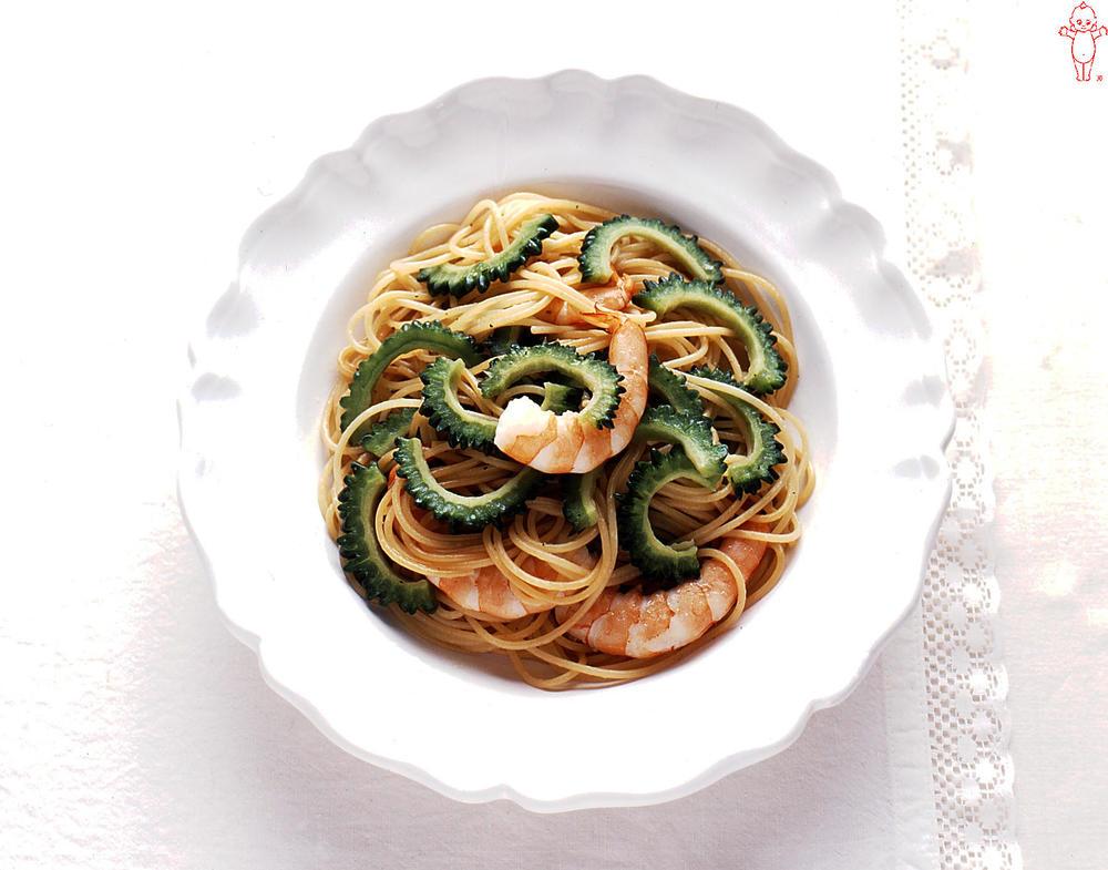 写真:ゴーヤーとえびのスパゲッティ