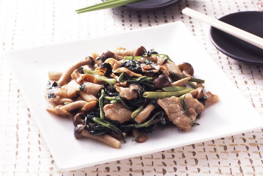 写真:空芯菜のマヨネーズ炒め