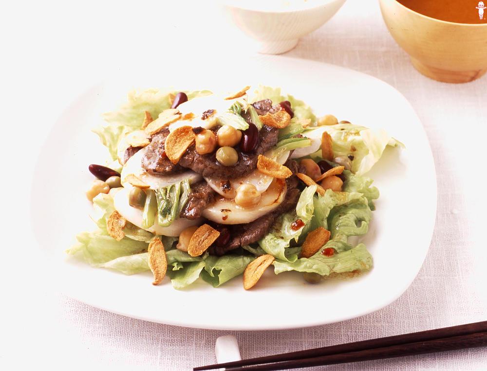 写真:かぶと牛肉のグリルサラダ