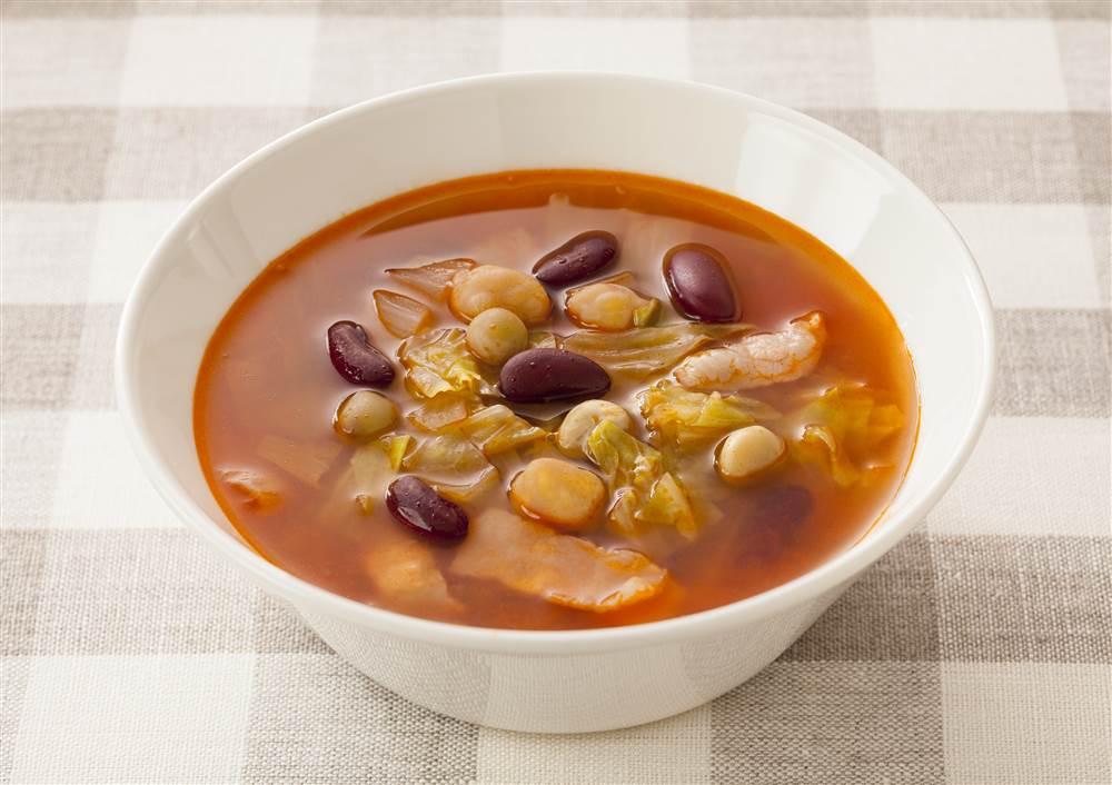 写真:キャベツとお豆のミネストローネ