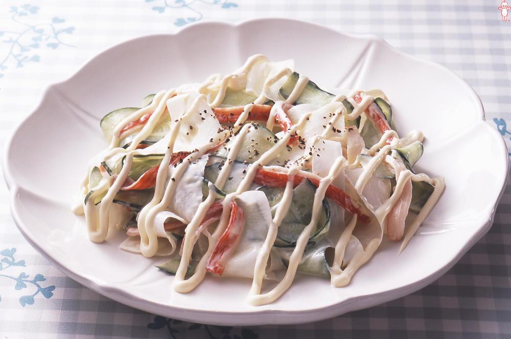 写真:リボン野菜のサラダ