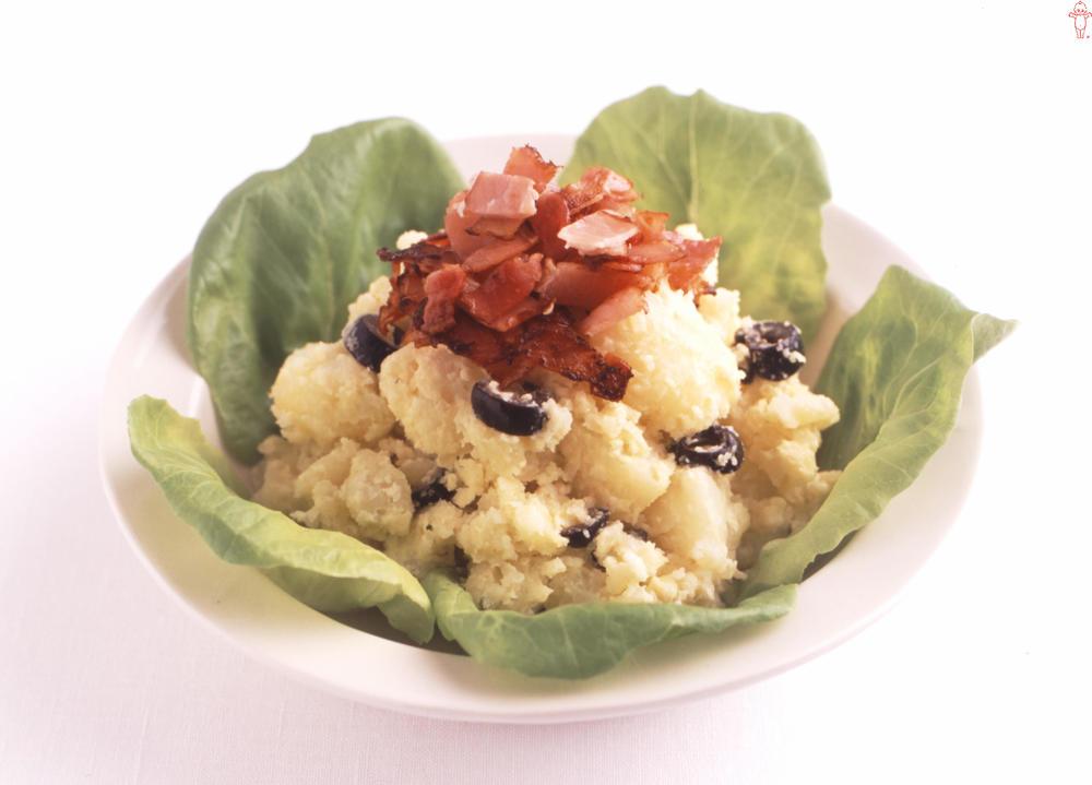 写真:カリカリベーコン入りポテトサラダ