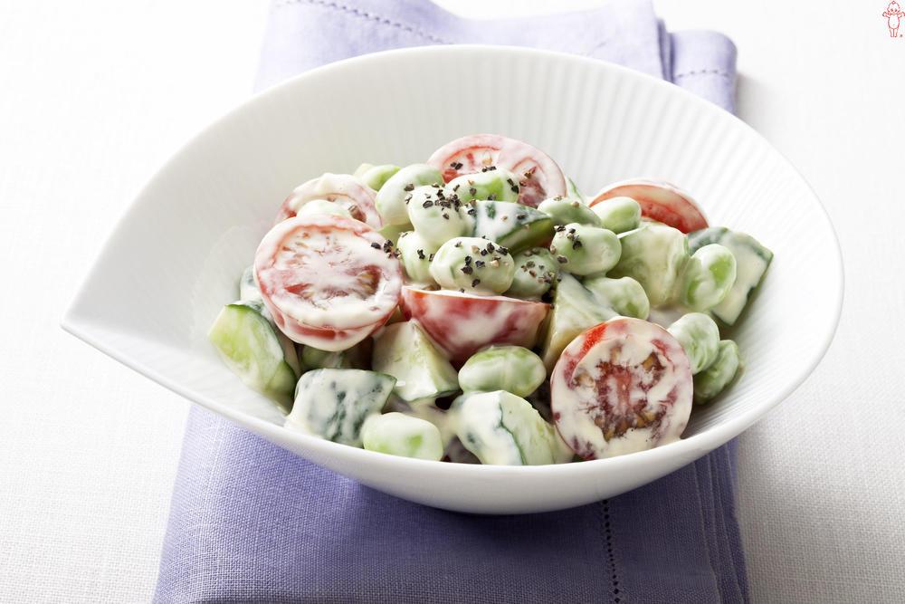 写真:枝豆とプチトマトのサラダ