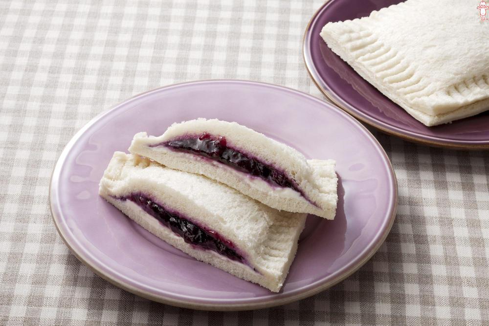 写真:ブルーベリーとクリームチーズのポケットサンド