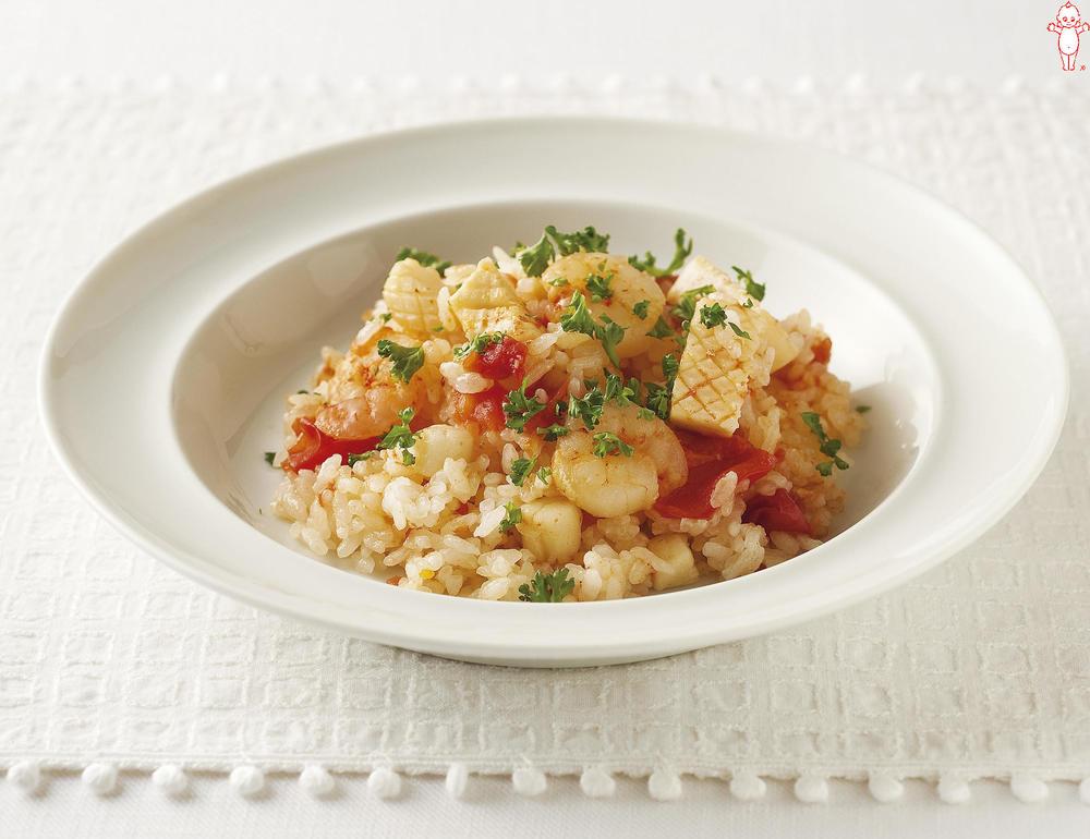 写真:炊飯器でかんたん!トマトとシーフードのピラフ