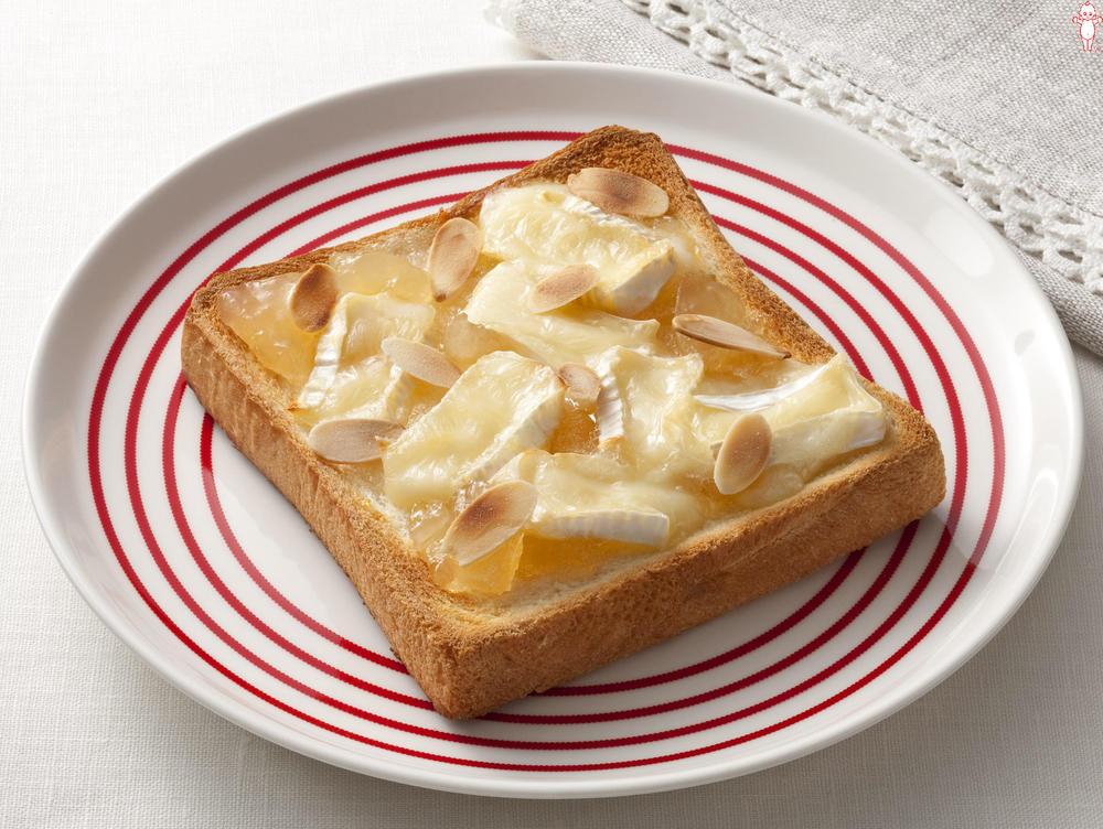 写真:アップルカマンベールトースト