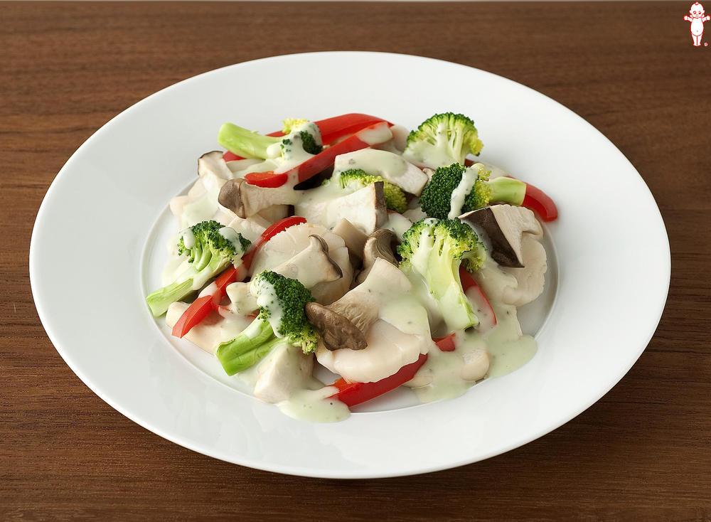 写真:レンジでかんたん!エリンギとほたてとブロッコリーの蒸しサラダ