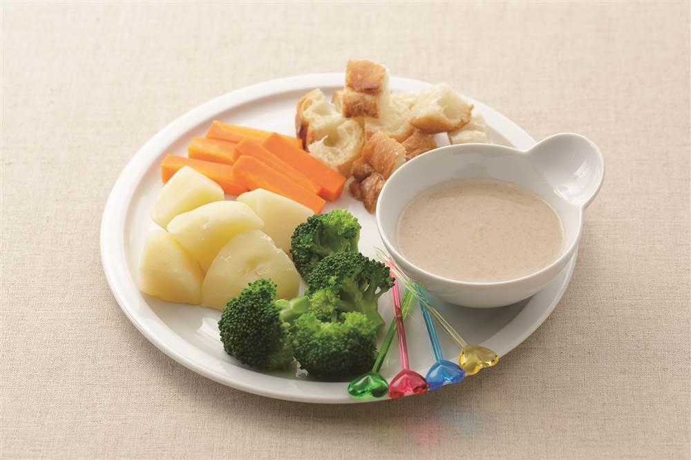 写真:季節の野菜のバーニャカウダ風