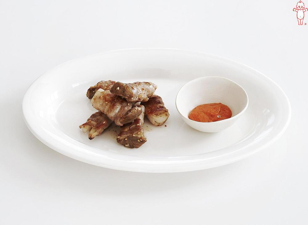 写真:エリンギの韓国風肉巻き