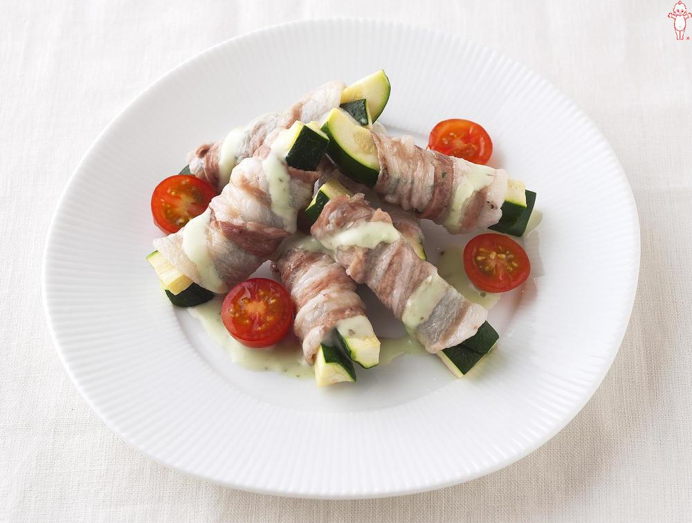 写真:レンジでかんたん!ズッキーニの豚肉巻きサラダ