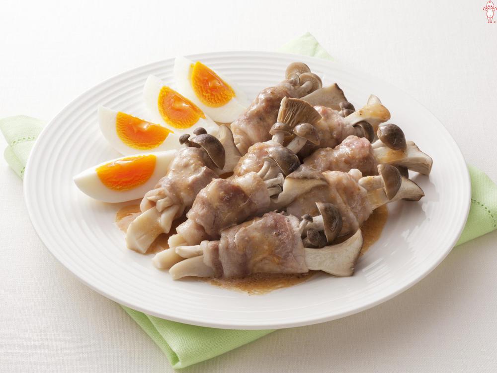 写真:レンジでかんたん!ぶなしめじとエリンギの豚肉巻きサラダ