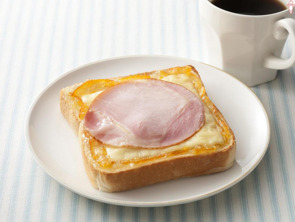 写真:ハムとチーズのママレードパン