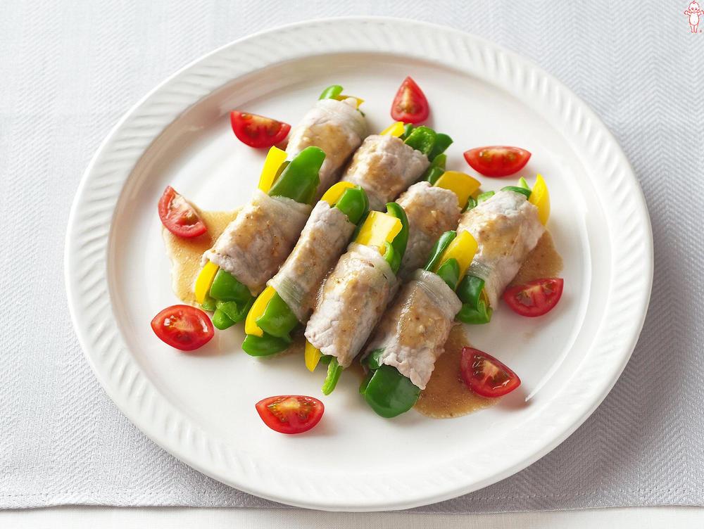 写真:レンジでかんたん!ダブルピーマンの豚肉巻きサラダ
