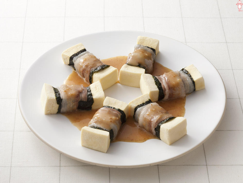 写真:レンジでかんたん!高野豆腐の肉巻きサラダ