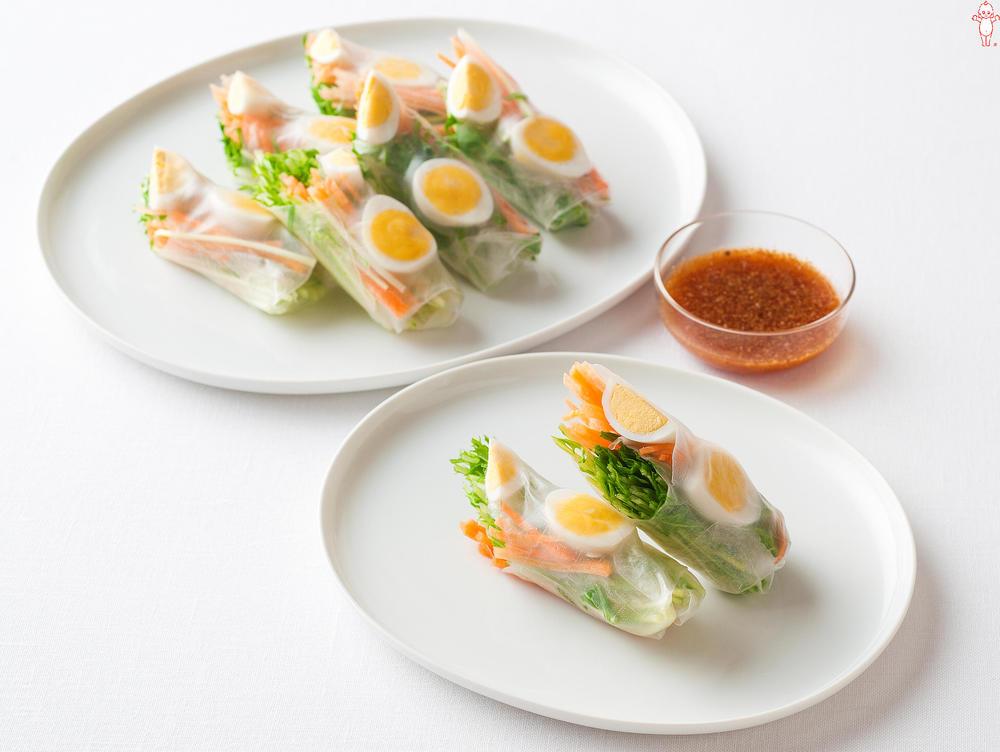 写真:水菜とうずら卵の生春巻きサラダ