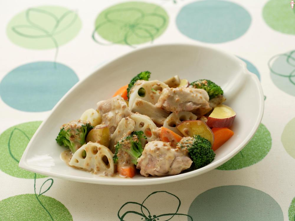 写真:レンジでかんたん!根菜と鶏肉の蒸しサラダ