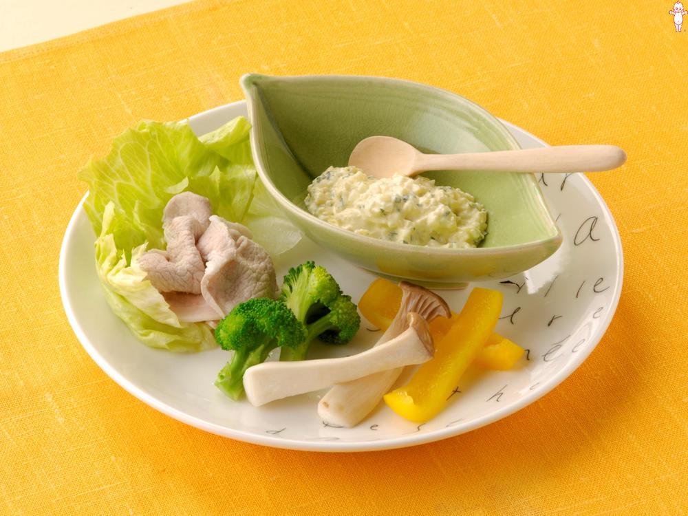 写真:豆腐とたくあんのマヨディップ