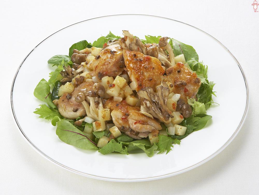 写真:鶏肉ときのこのマリネサラダ