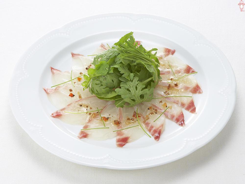 写真:白身魚のお刺身カルパッチョ