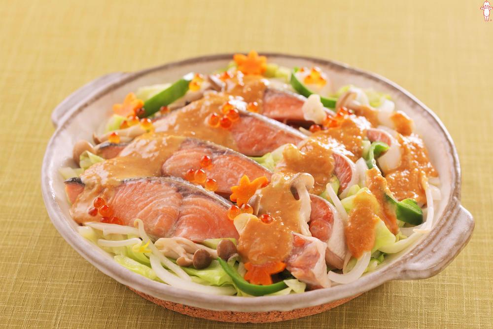 写真:秋鮭のみそマヨちゃんちゃん焼き風