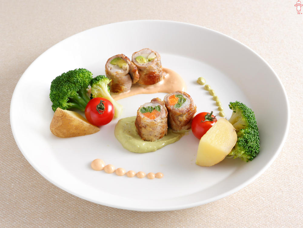写真:彩り野菜の肉巻きオードブル