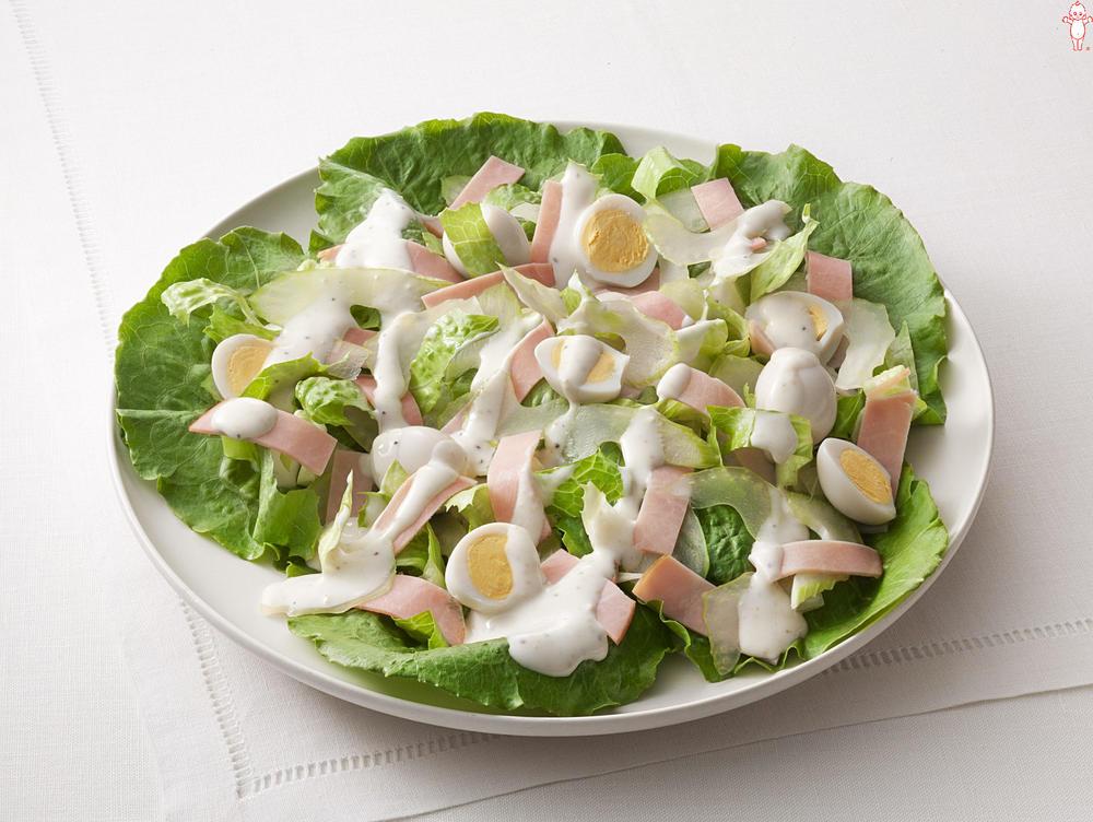 写真:うずら卵のシーザーサラダ