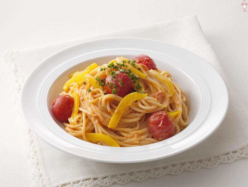 写真:プチトマトとカニのトマトクリームスパゲッティ