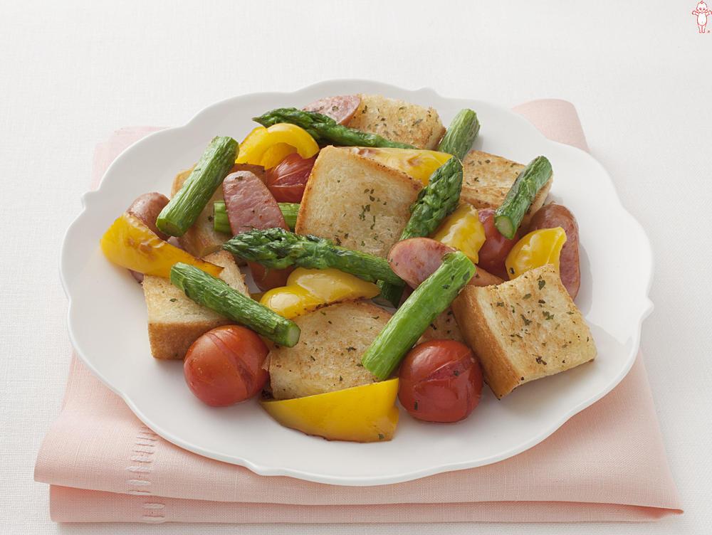 写真:焼き野菜のパンサラダ