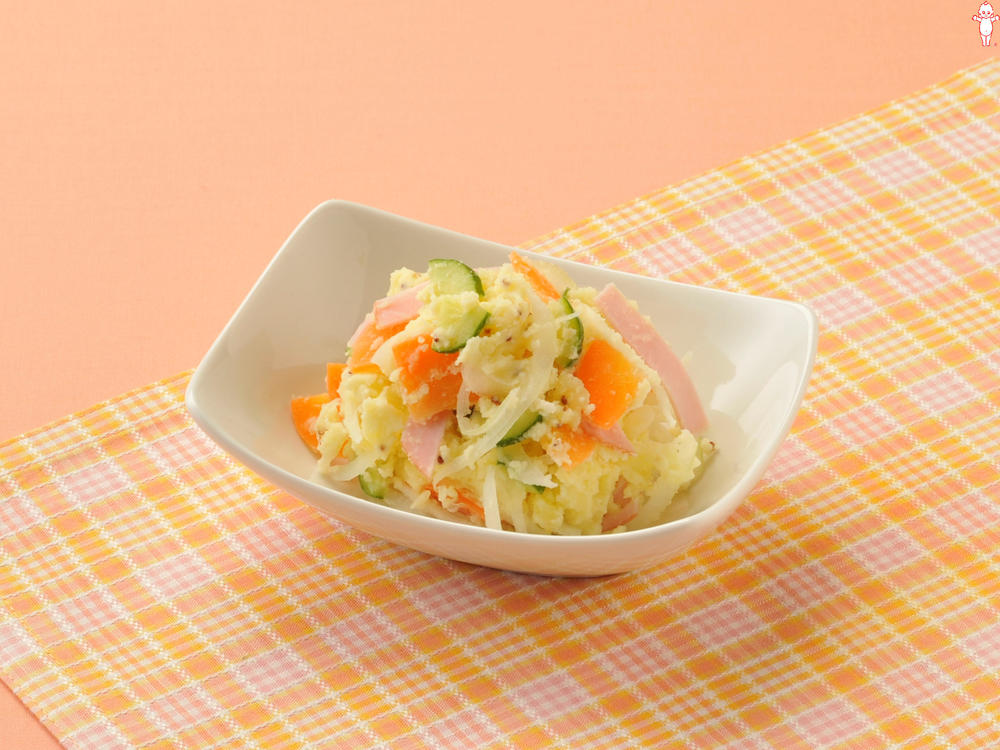 写真:新じゃがポテトサラダ