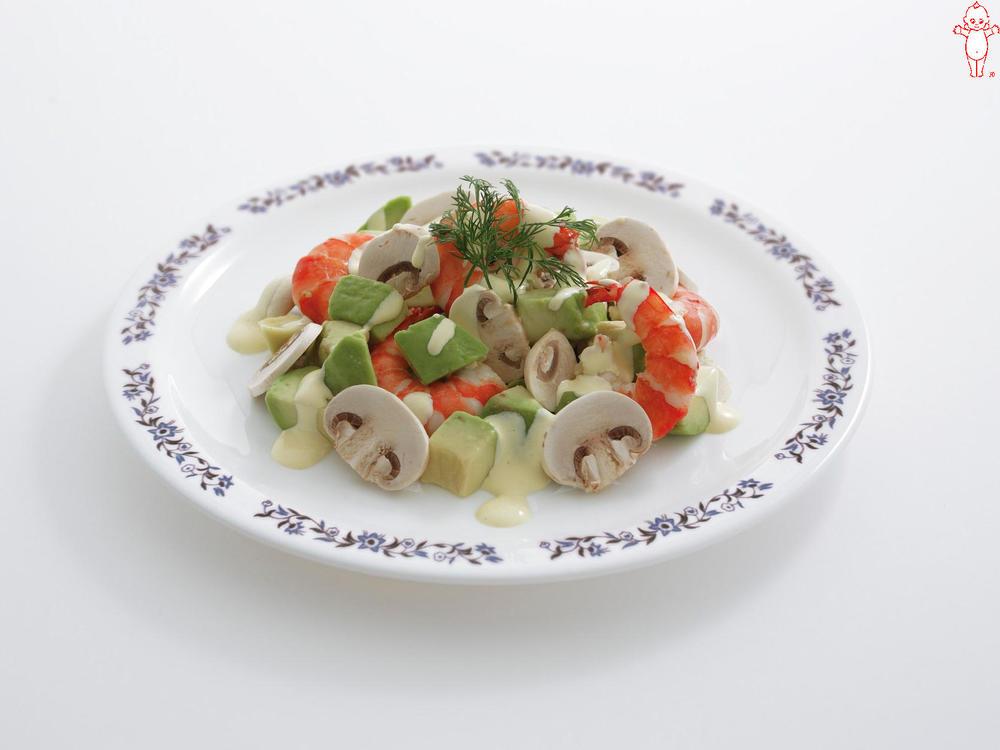 写真:生マッシュルームとえびのサラダ