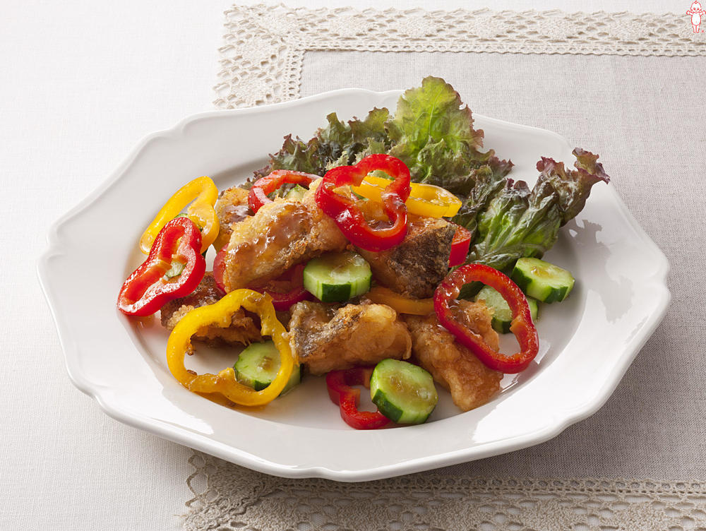 写真:白身魚とパプリカのあえサラダ