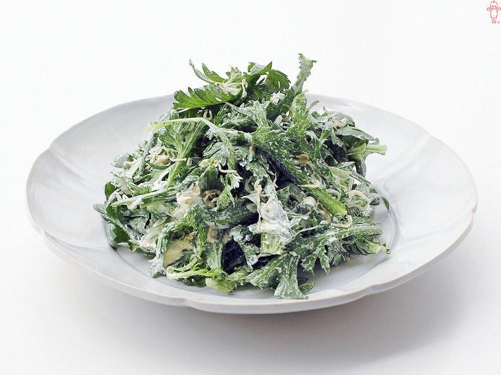 写真:春菊とじゃこのサラダ
