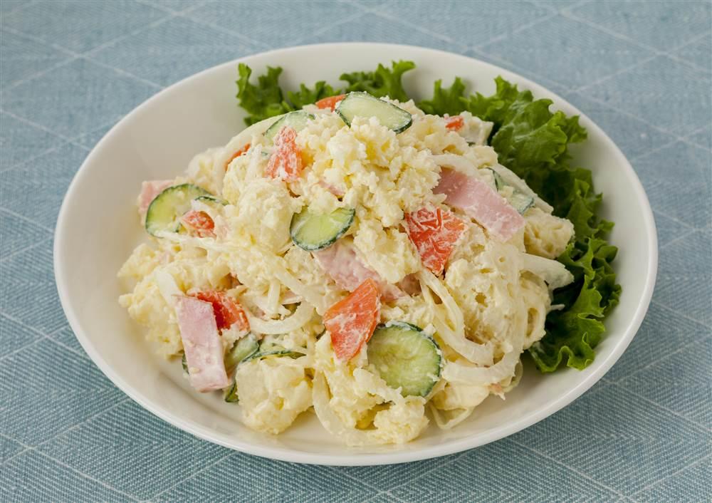 写真:きゅうりとハムのポテトサラダ