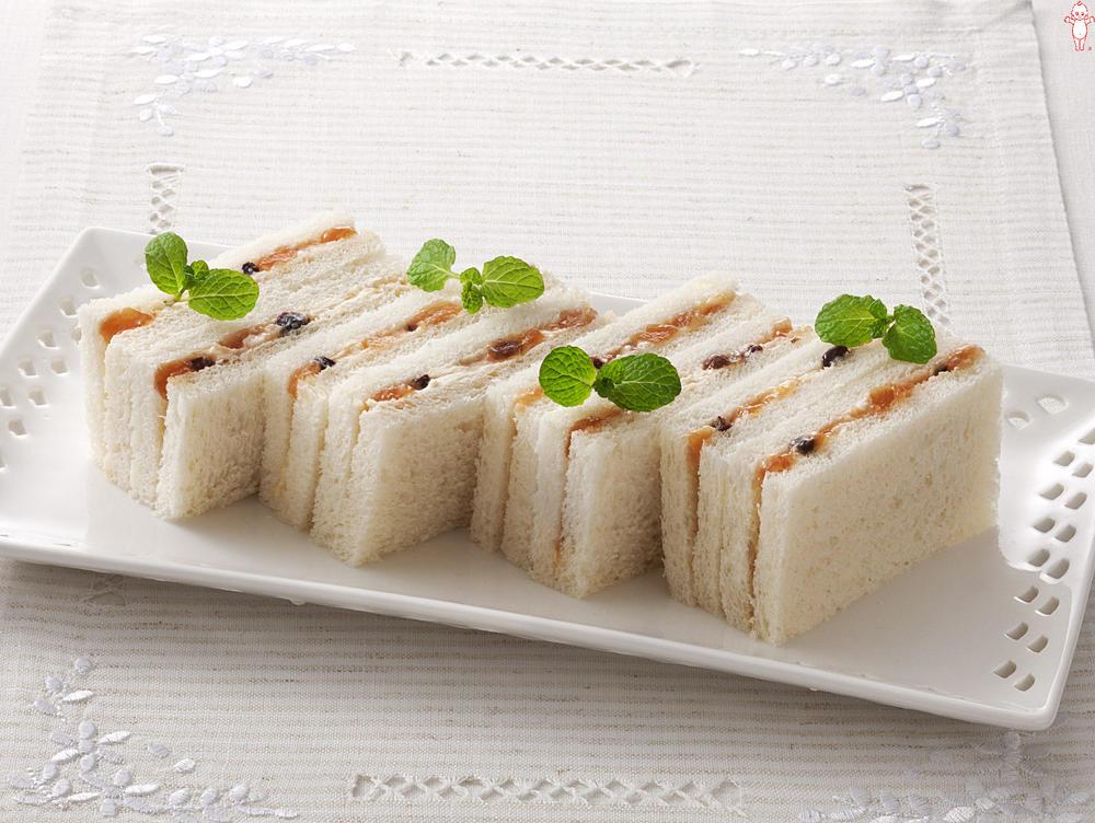 写真:アップル&シナモンとクリームチーズのサンドイッチ