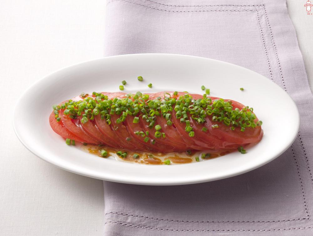 写真:トマトと小ねぎの中華風サラダ