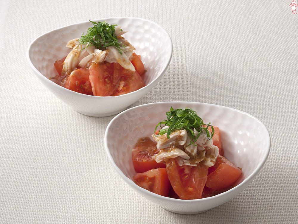 写真:トマトとささみの香味サラダ