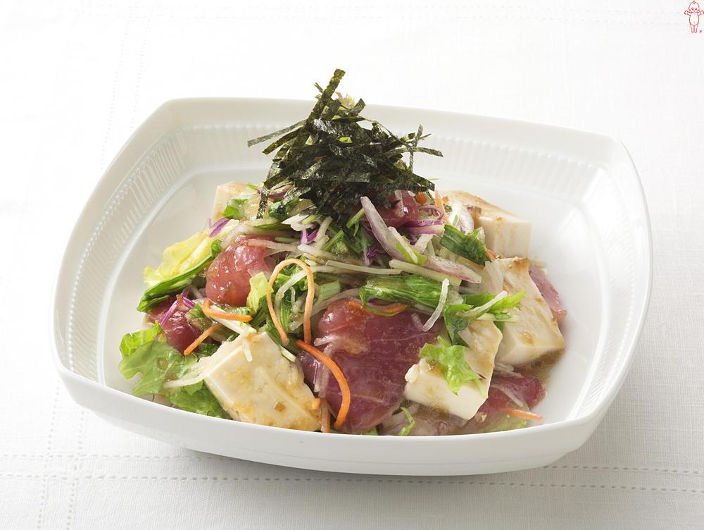 写真:まぐろと豆腐のあえサラダ