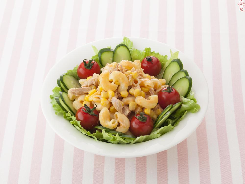 写真:5種の野菜ドレッシングでマカロニサラダ