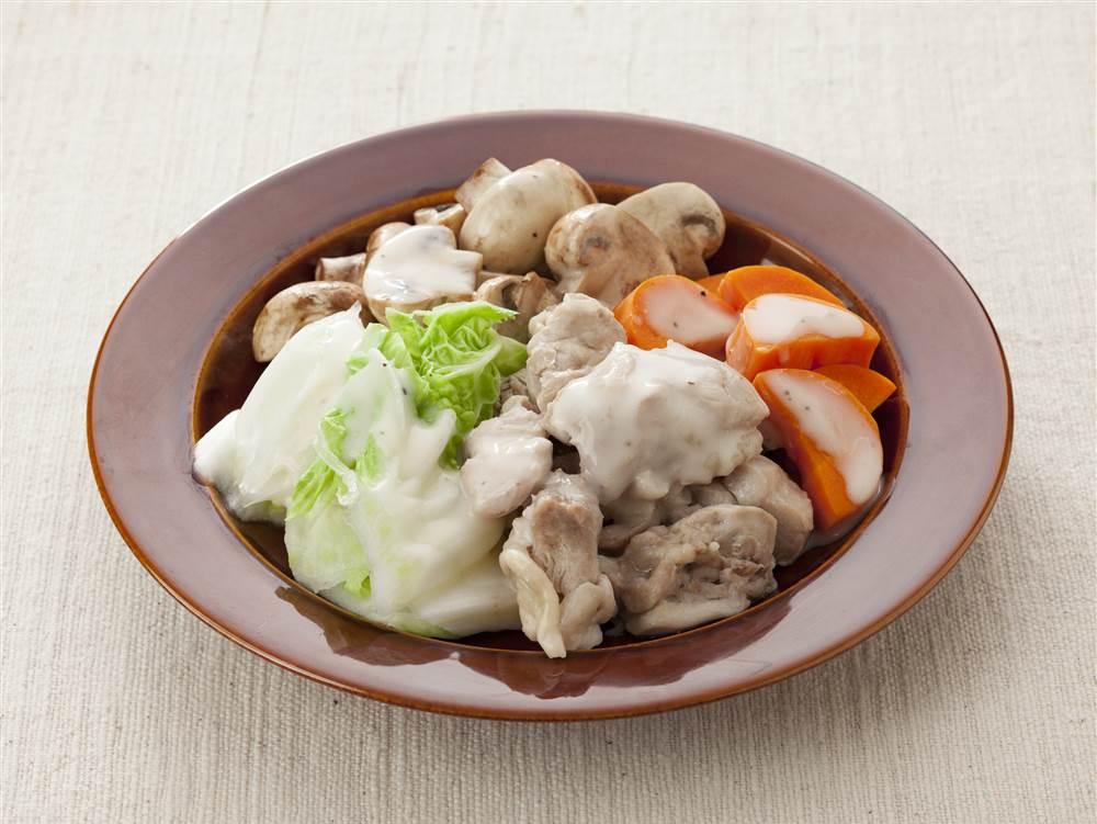 写真:鶏肉と白菜の温サラダ