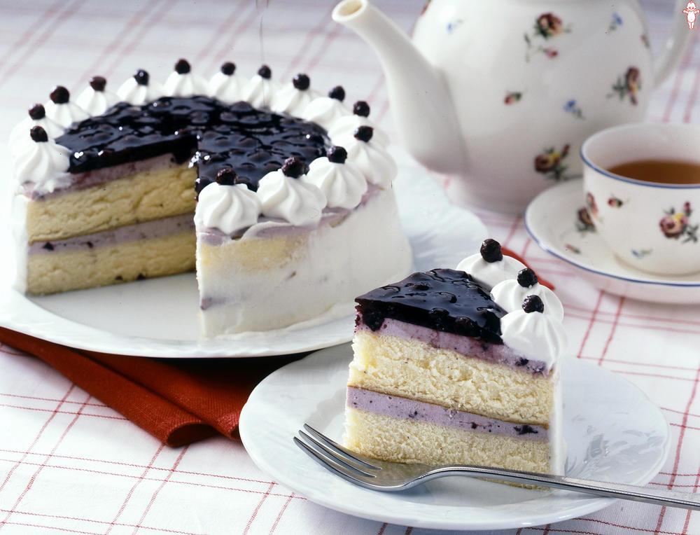 写真:ブルーベリーのムースケーキ