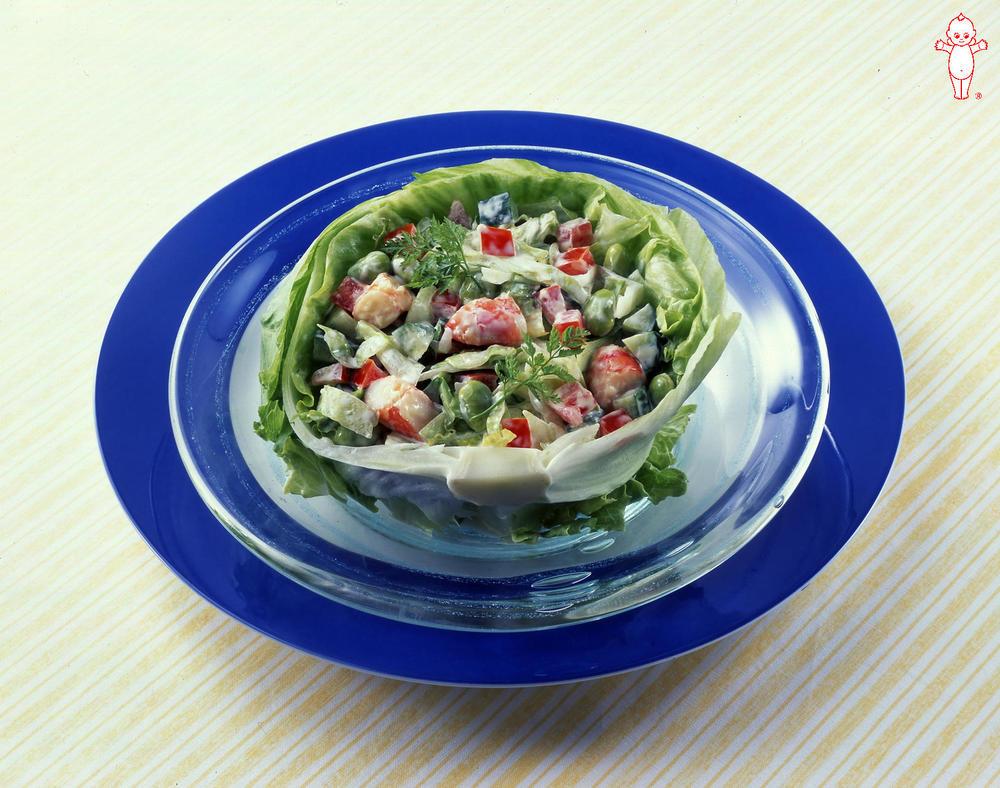 写真:えびと夏野菜のレタスボウル
