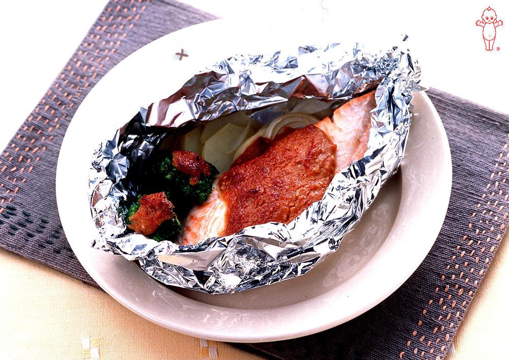 写真:鮭のごまみそマヨネーズ焼き